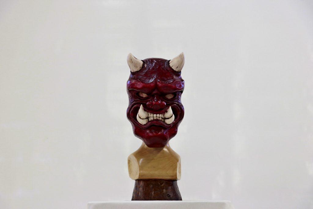 Masque Oni - Ronde bosse en tilleul polychrome dim 500x280x200