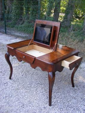 Table- bureau